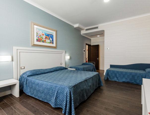 hotel_giancola-stanze-quadrupla_letti