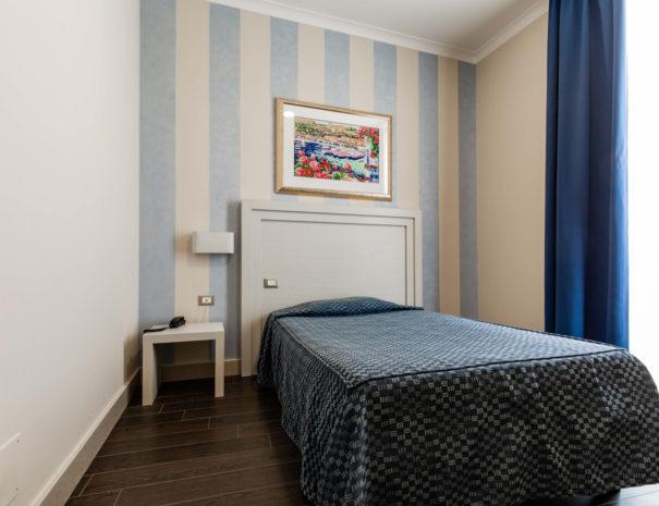hotel_giancola-stanze-singola_letto