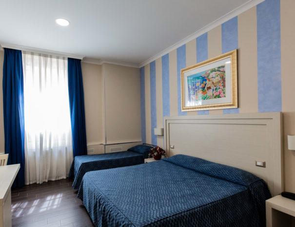 hotel_giancola-stanze-tripla_letti